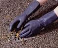 Rukavice SHIELD INDUSTRIAL latexové priemyselné chemicky odolné čierne