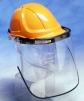 Držiak priezoru PROTECTOR IM917C hliníkový lakovaný na ochrannú prilbu so skoseným šiltom čierny
