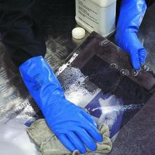 Rukavice Ansell SOL-VEX nitrilové antistatické chemicky odolné hrúbka 0,38 mm dĺžka 330 mm modré